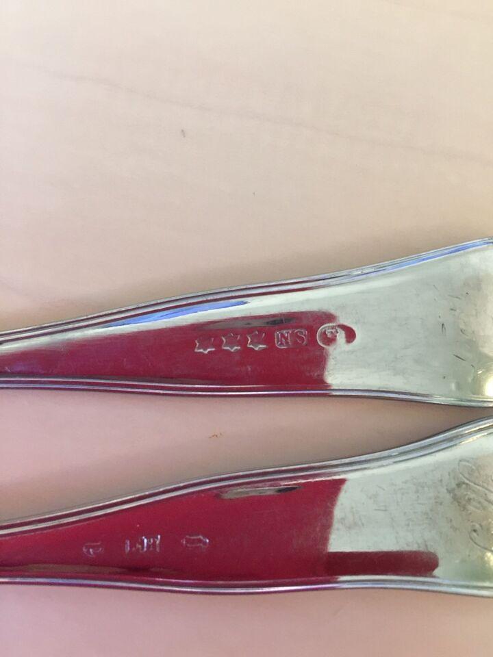 Sølvtøj, 2 gafler, N.S.