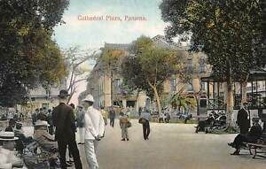 Cathedral-Plaza-Panama-Early-Postcard-Unused