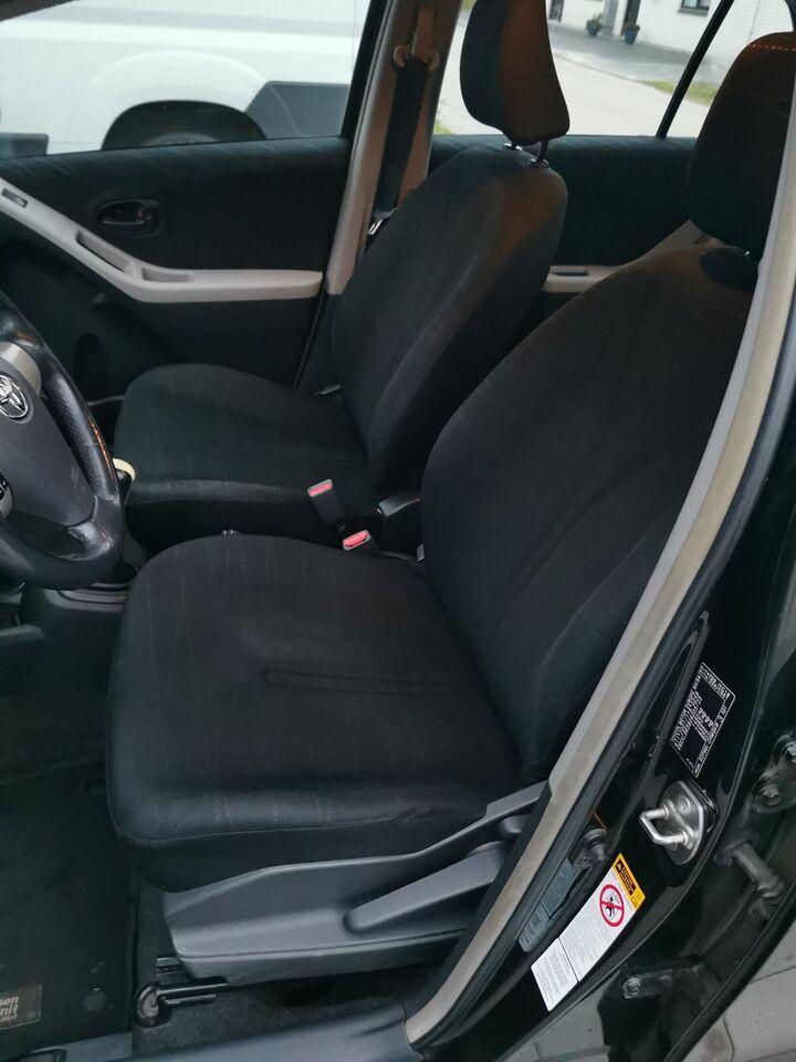 Toyota Yaris, 1,3 Luna, Benzin