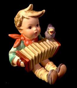 Vintage Hummel Goebel Figurine 110/1 L I Let's Sing  Near Mint / Rare