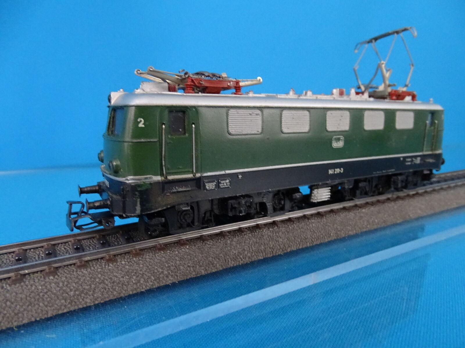 Marklin 3037 DB Electric Locomotive Br E 41 Green BOXED