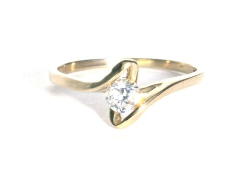 Solid 10K Yellow Gold women Ring size 5.5 sizable Anillo de mujer 10K.
