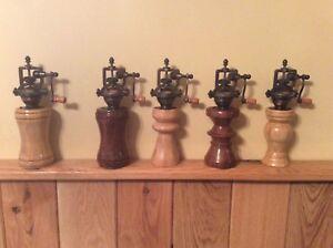 Antique Pepper Mill Old Fashioned Pepper Grinder Ebay