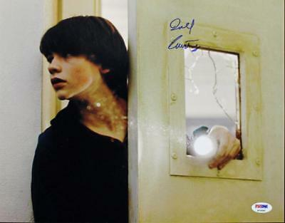 Generous Joel Courtney Super 8 Signed Authentic 11x14 Photo Autographed Psa/dna #p72502 Large Assortment Autographs-original