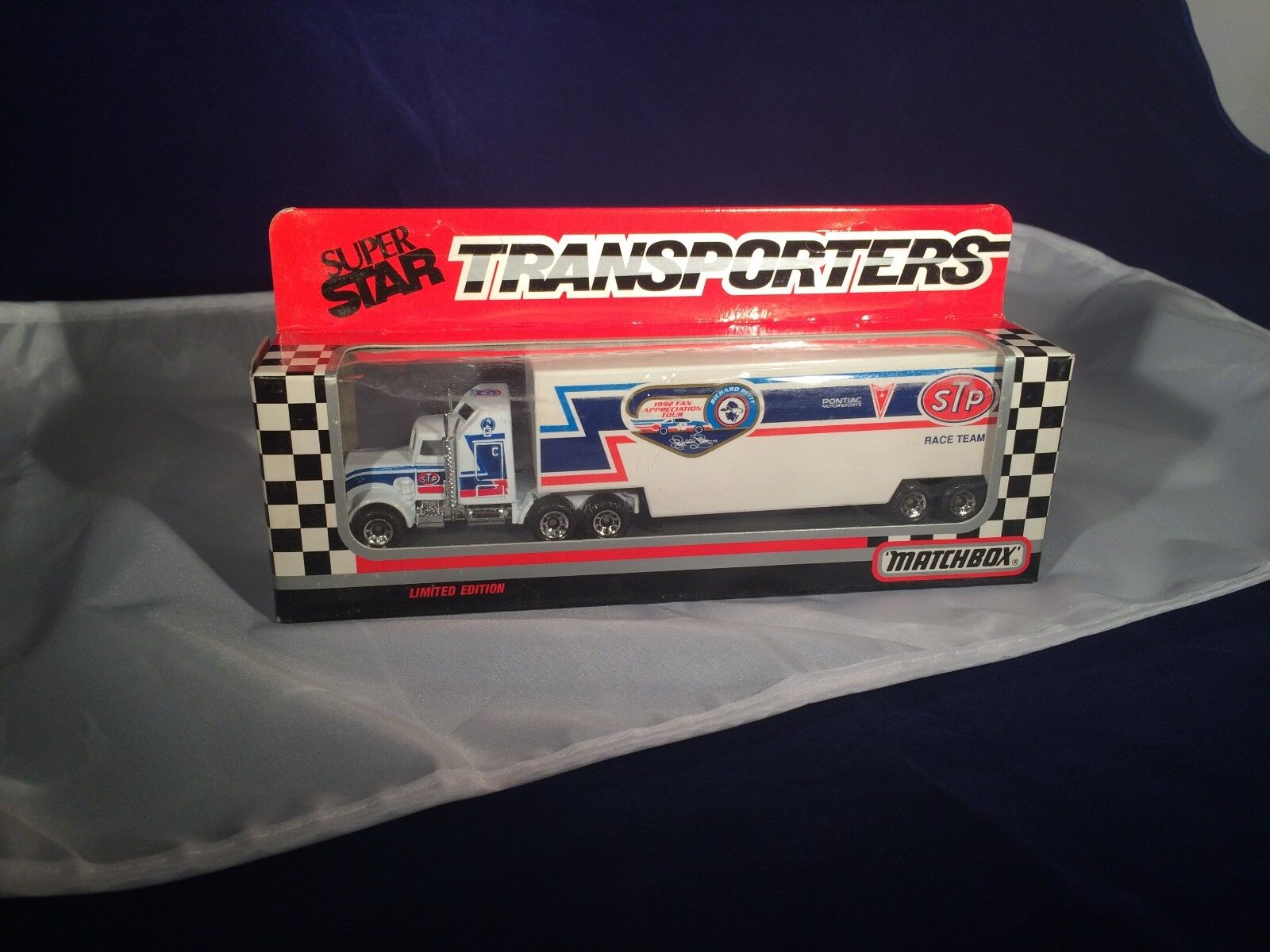 1992 Matchbox bianca Rose Transporters Super Star 1:87  43 R.Petty/STP