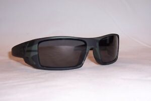 063cd001d60 Image is loading New-Oakley-Sunglasses-GASCAN-OO9014-03-BLACK-GRAY-