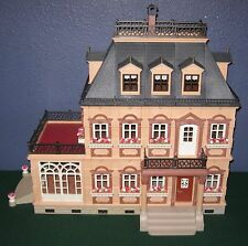 PLAYMOBIL VINTAGE 5300 LARGE VICTORIAN DOLLHOUSE MANSION w/FAMILY - EXCELLENT!