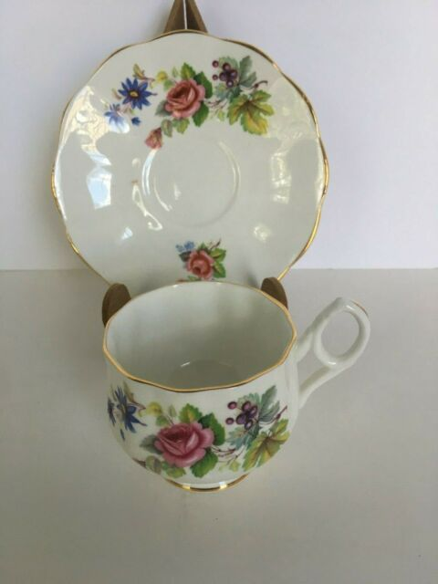 Rosina Fine Bone China Roses Tea Cup and Saucer Made in England Gold Rim Vintage