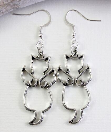 Dangle Drop Silver Tone Kitch Jewellery Angel Pet Wing Cat Charm Earrings