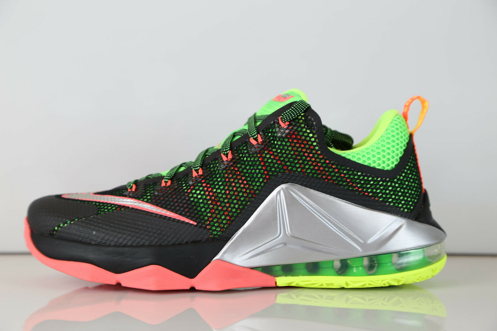 Nike Lebron XII Low Remix Nero Silver Bolt Hot Lava 724557-003 7-14 12 8 9 10