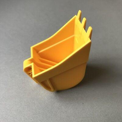 LEGO Shovel 4x5x7 W// 4.85 Hole Lot of 1 24120 /_ Bright Yellow/_6145856