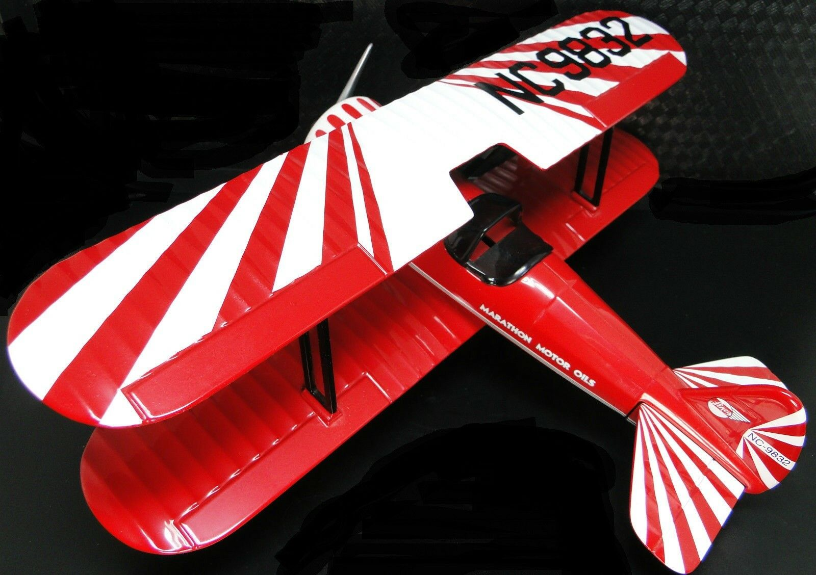 Model Airplane Aircraft Fighter US Diecast WW1 Military Armor 1 48 Carousel Red