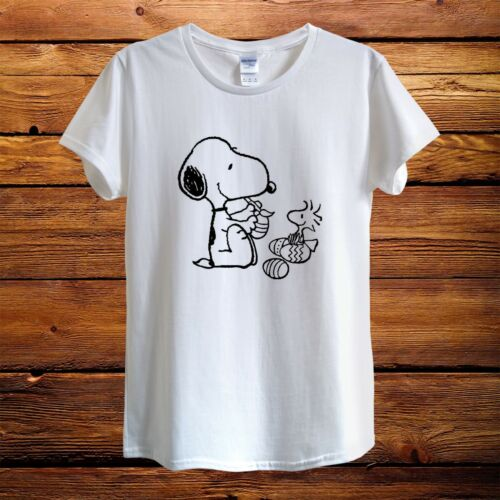 Easter Snoopy Dog Peanuts Woodstock Top Design T-Shirt Men Unisex Women Fitted