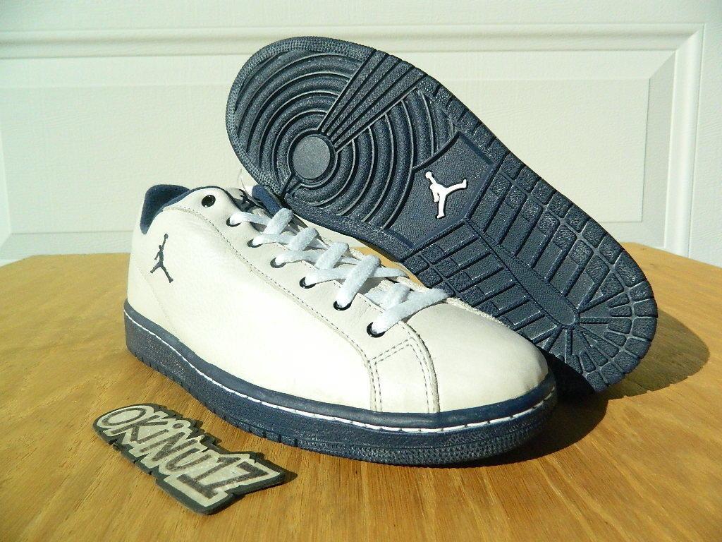 DS 1998 Nike Jordan Retro Low Men LOOKSEE SAMPLE Vanilla/Midnight Navy 1 xi iv 9