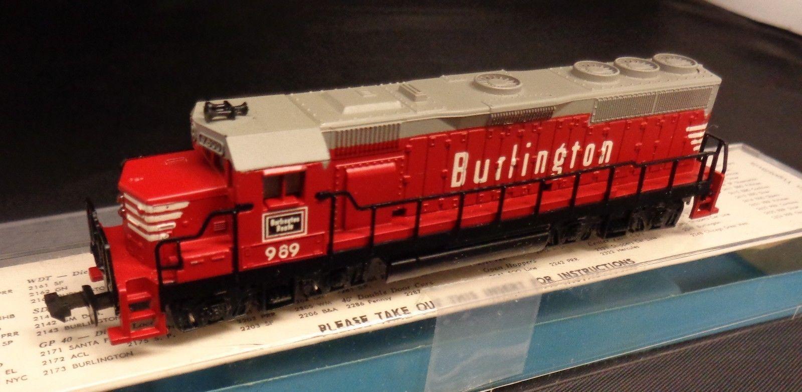 Atlas N Scale Burlington RR Electromotive GP-40 Diesel Locomotive