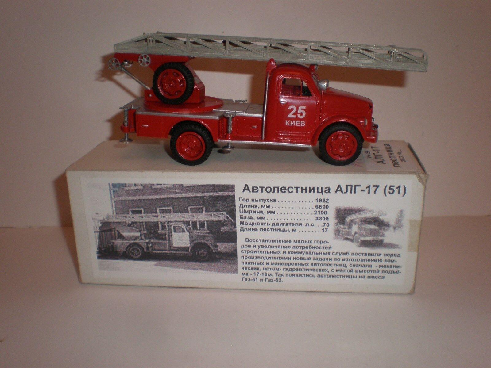 Ruso escalera de incendios escalera ALG-17 en chasis GAZ-51 modelos de vector década de 1970
