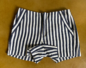 Womens-Banana-Republic-Navy-Blue-White-Pinstripe-Shorts-Size-4-EUC