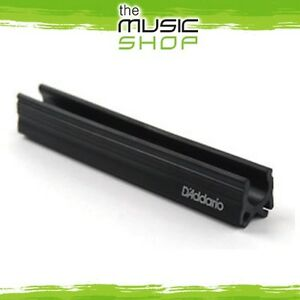 New-D-039-Addario-Planet-Waves-Microphone-Stand-Guitar-Pick-Holder-PW-MPH-01