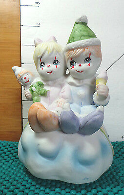 """Music Box,Home Decor, Clown Kids, Plays """"It's A Small World"""", Collectible,"""