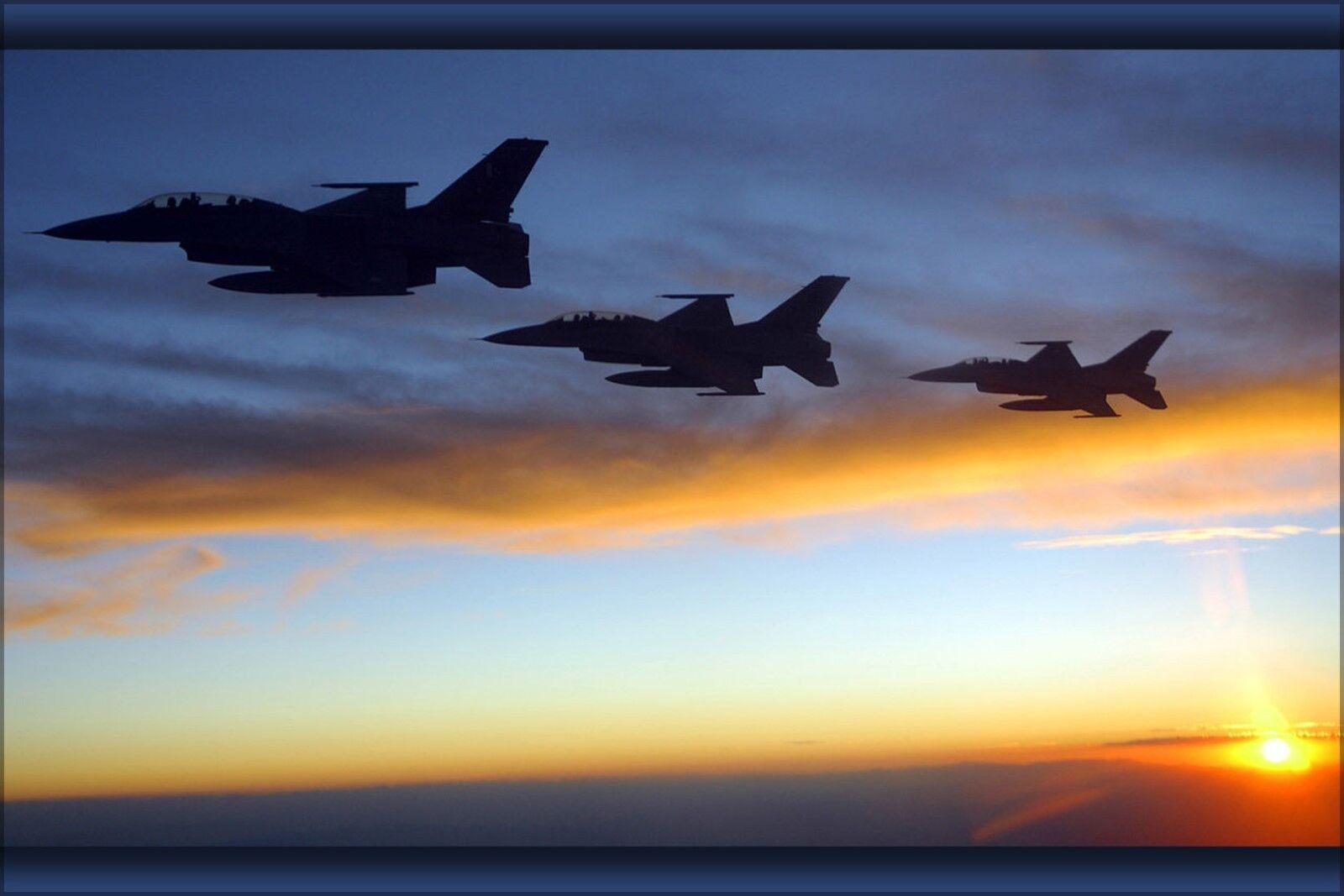 Poster, Molte Misure; F-16 F-16b Fighting Falcon Falcon Falcon da Combattimento Take Parte 45cb49