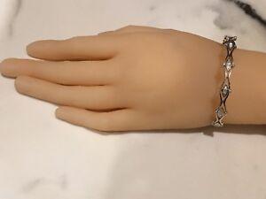 18ct-750-White-Gold-Diamond-Bangle-3-06ct-F-VS-Fit-Small-Wrist