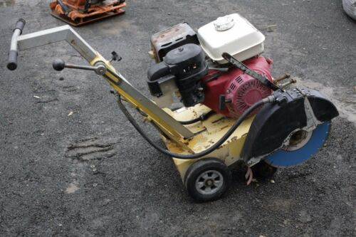 TARGET ROAD SAW CCS-8H WITH HONDA 13 HP ENGINE NEW BLADE