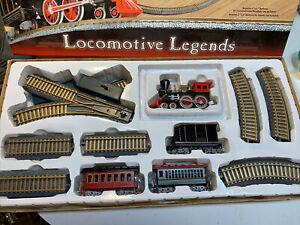 Feldstein-Locomotora-leyendas-Alimentado-por-Bateria-Conjunto-de-Tren-De-Escritorio-Completa