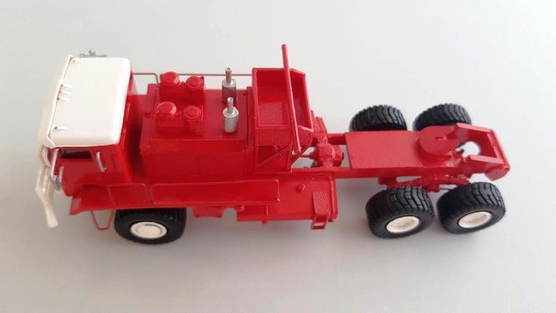 HO 1 1 1 87 Kenworth 993 COE Oilfield - RED - Ready Made Resin Model 4d9b92