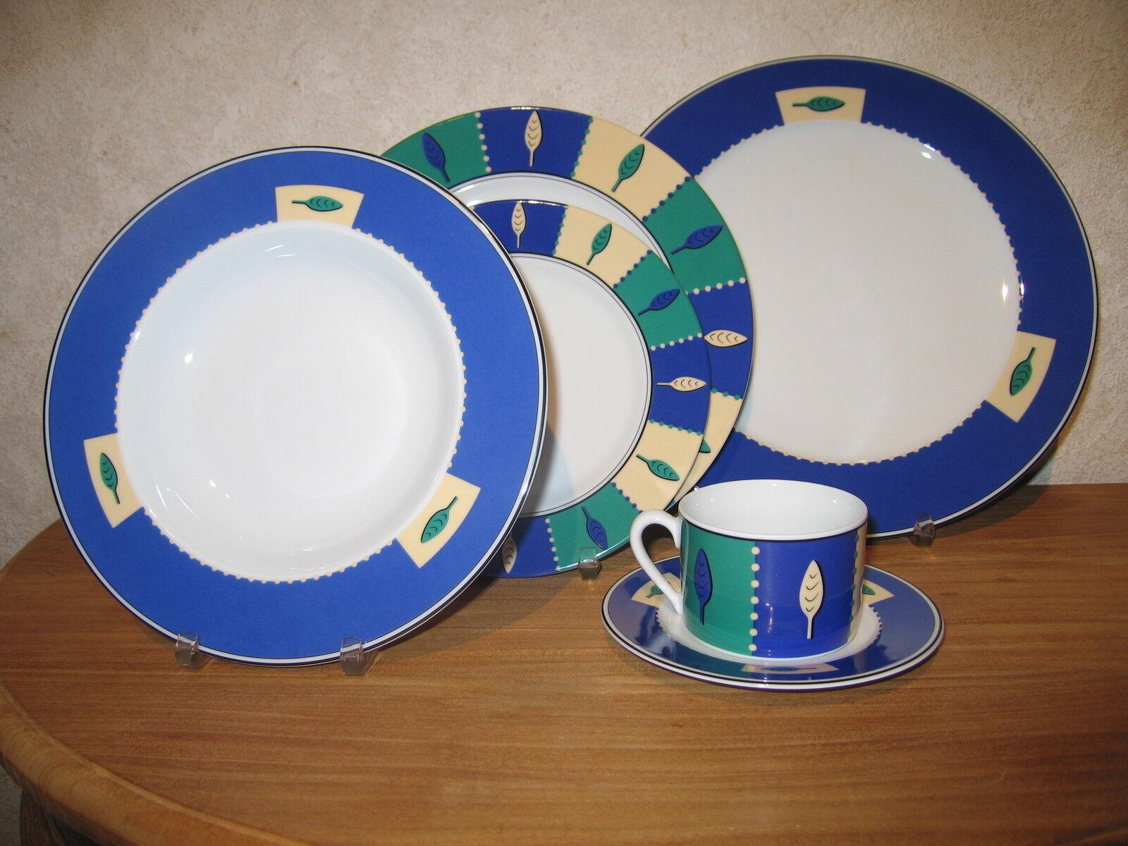 KAHLA NEW LEAVES Set 4 assiettes + 1 Tasse avec soucoupe