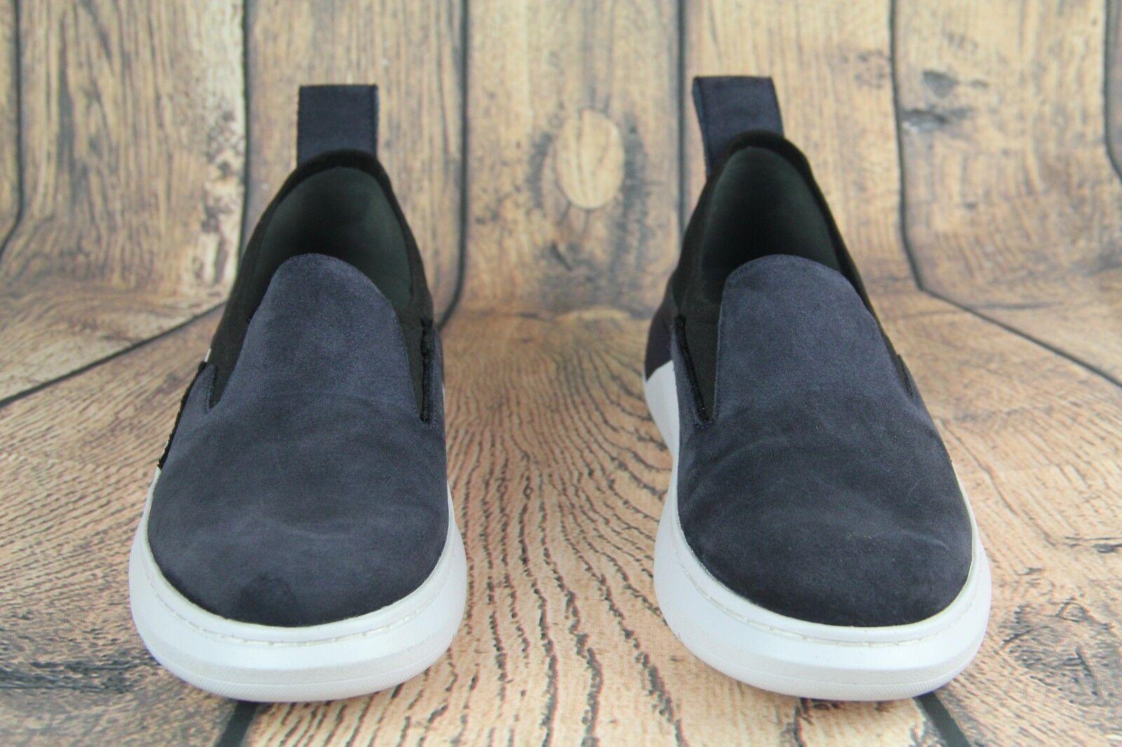 Under Armour Sportswear Shoes Blue Black White 3020828-400 WMNS SZ 9.5