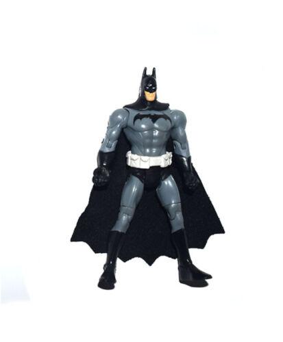 """DC Collectibles Multiverse Batman 3.75/"""" Loose Action Figure"""