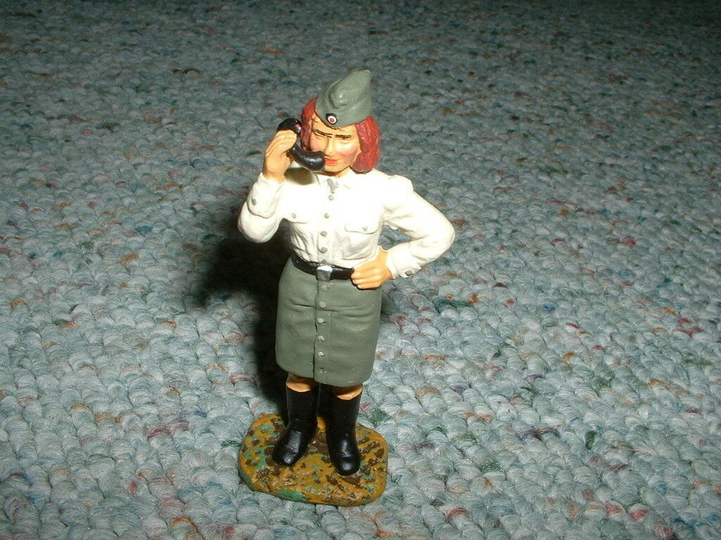 Elastolin Duscha Lineol 70mm WW2 German Woman WAC standing Pose 3