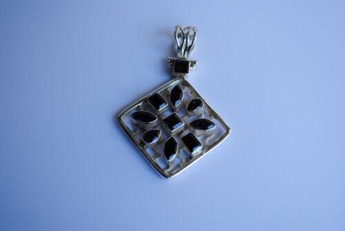 """925 Silber Anhänger /""""Blume/"""" mit Peridot Iolith oder bunten Edelsteinen"""