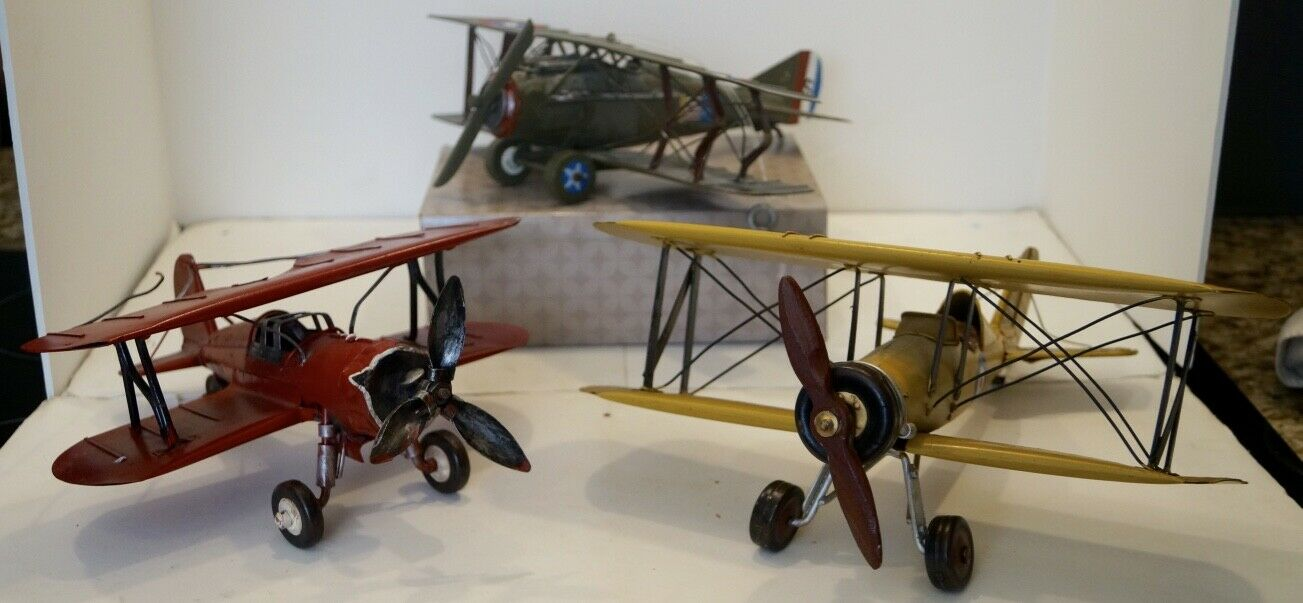 LOT OF 3 VINTAGE METAL MODEL MODEL MODEL BI-PLANES K3215 F803 AVIATION 0e7f18