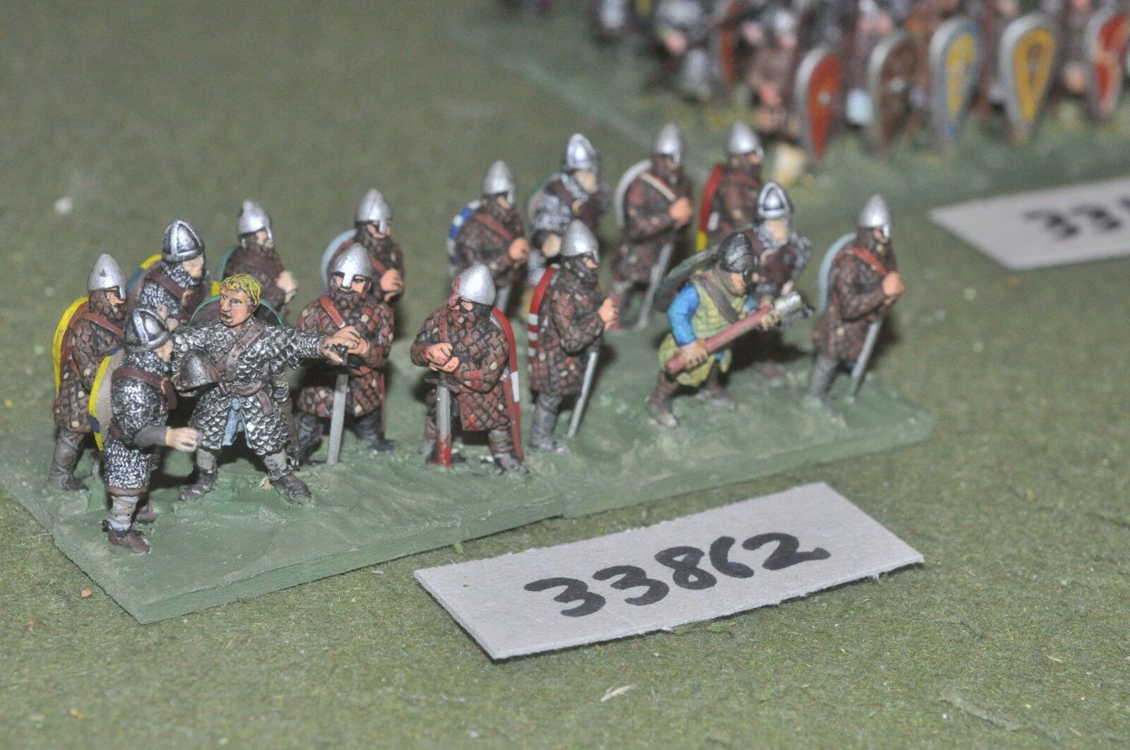 25mm dark ages   norman - dismounted milites 16 figures - inf (33862)
