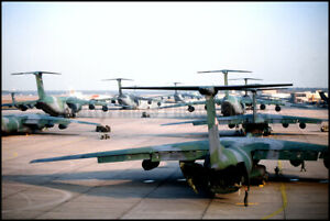 USAF-C-5-Galaxy-amp-C-141-Starlifter-Flight-Line-Rhein-Main-AB-1990-8x12-Photo