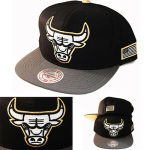 c78d678e Details about Mitchell & Ness NBA Chicago Bulls Snapback Hat Black/Grey  Metallic Gold Tip Cap