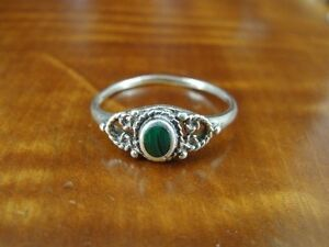 Green-and-Black-Malachite-Size-8-Sterling-Silver-925-Ring
