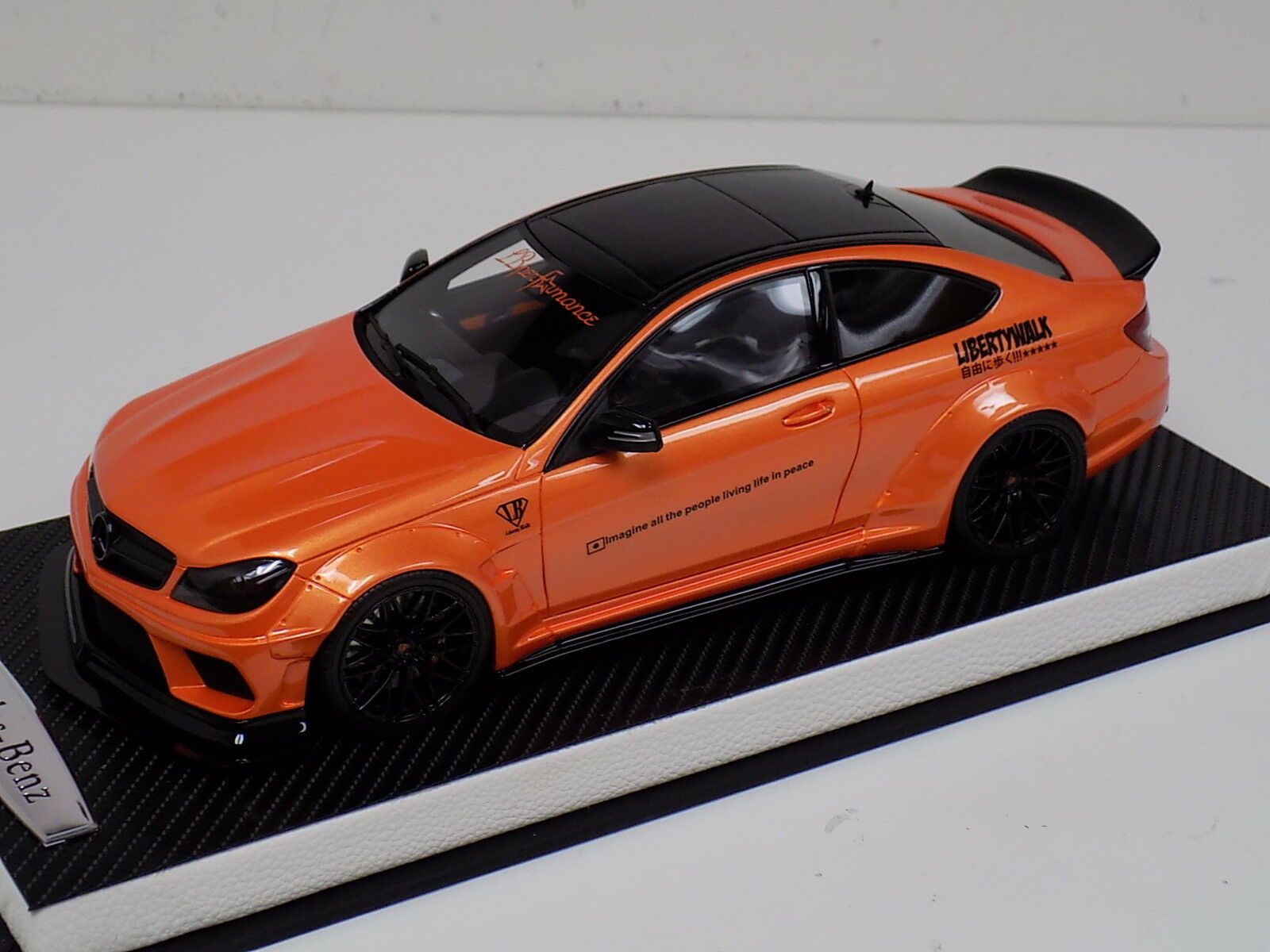1 18 GT Spirit Mercedes Benz Classe C63 Liberty Walk LB Performance Orange GT215
