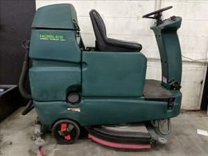 Tennant-Nobles-t-7-Speed-Scrub-Ride-on-Floor-Scrubber