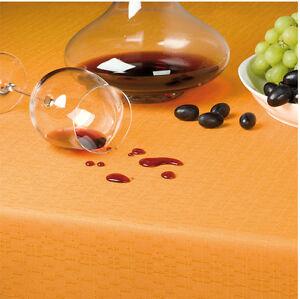 Tischdecke-Leinenoptik-mit-Fleckschutz-und-4-seitig-gesaeumt