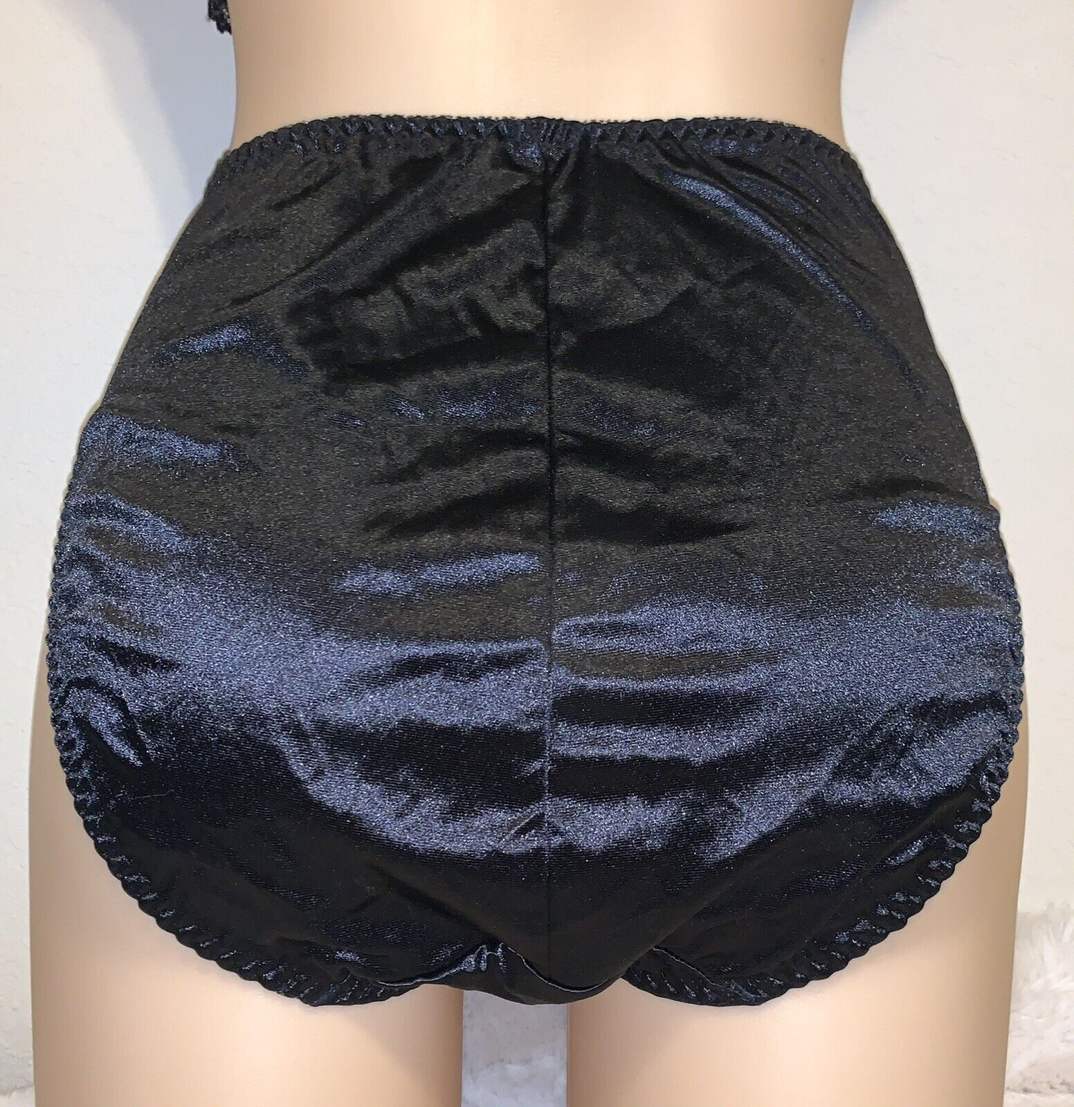 ❤️ VTG VICTORIA SECRET second Skin Satin Brief Panty Sissy Hi Leg Lace M