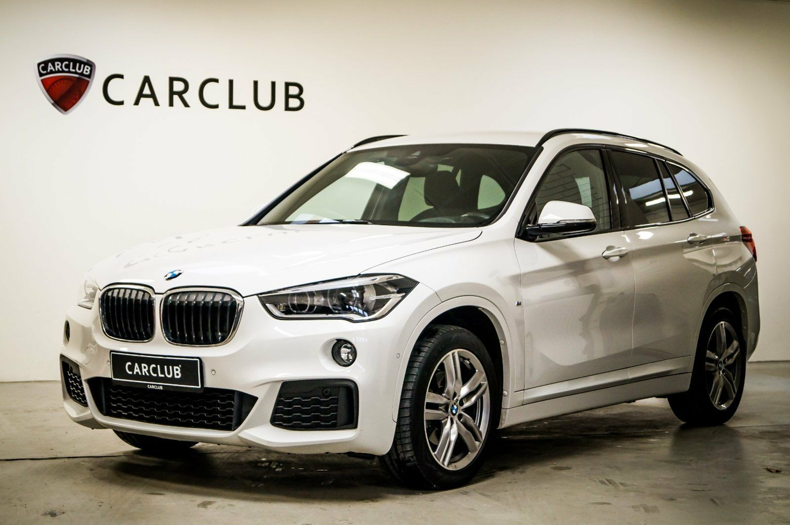 BMW X1 2,0 sDrive18d aut. 5d - 369.900 kr.