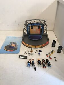 Playmobil-5602-and-Playmobil-5605-Popstars-Incomplete