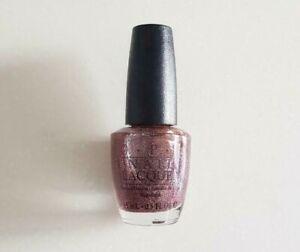 OPI-Merry-Berry-Mauve-Glitter-NL-Y40-Black-Label
