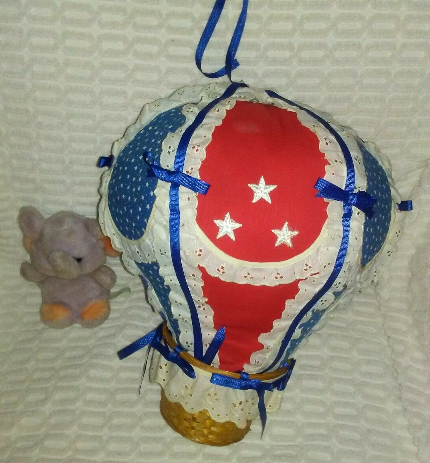 """43""""Hot Air Balloon With With With 7""""1979 DanDee Tiny Lavender Elephant In Basket Plush e50c70"""