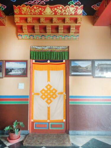 Tibétain 180 x 90 cm Cotton Wall Hanging avec de bon augure Dessin Chanceux Symboles
