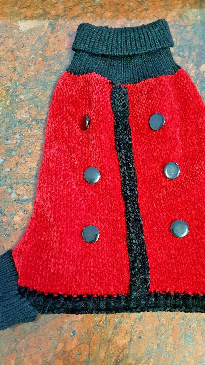 Dog Sweater in rosso wool acrylic with nero trim (4 legged) by ORIG. MAXXS CLOSET