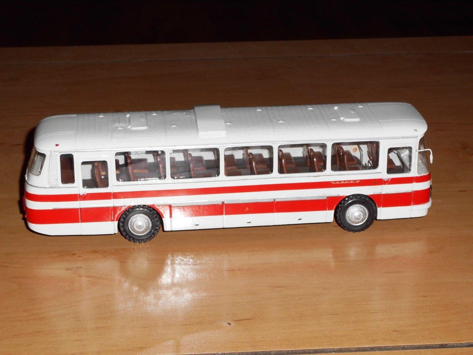 Cadeau spécial à vous spécial Bus laz-699r touriste, touriste, touriste, finoko, russe à la main modèle 1,43   Bonne Réputation Over The World  46bef7