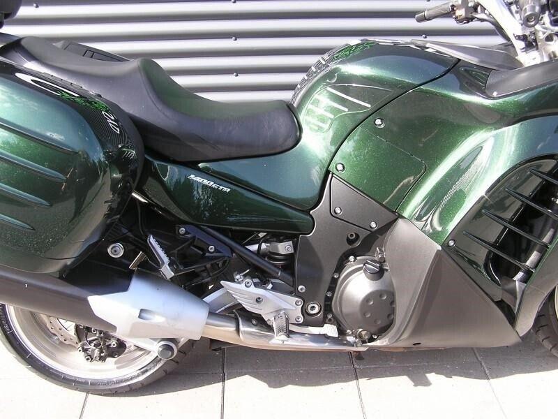 Kawasaki, GTR 1400, ccm 1352